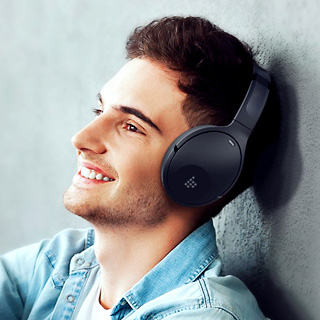 Save up to $10 on Qualcomm powered ANC headphones and Bluetooth speakers